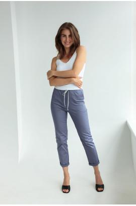 Хлопковые брюки синего цвета на шнурке (59100U)